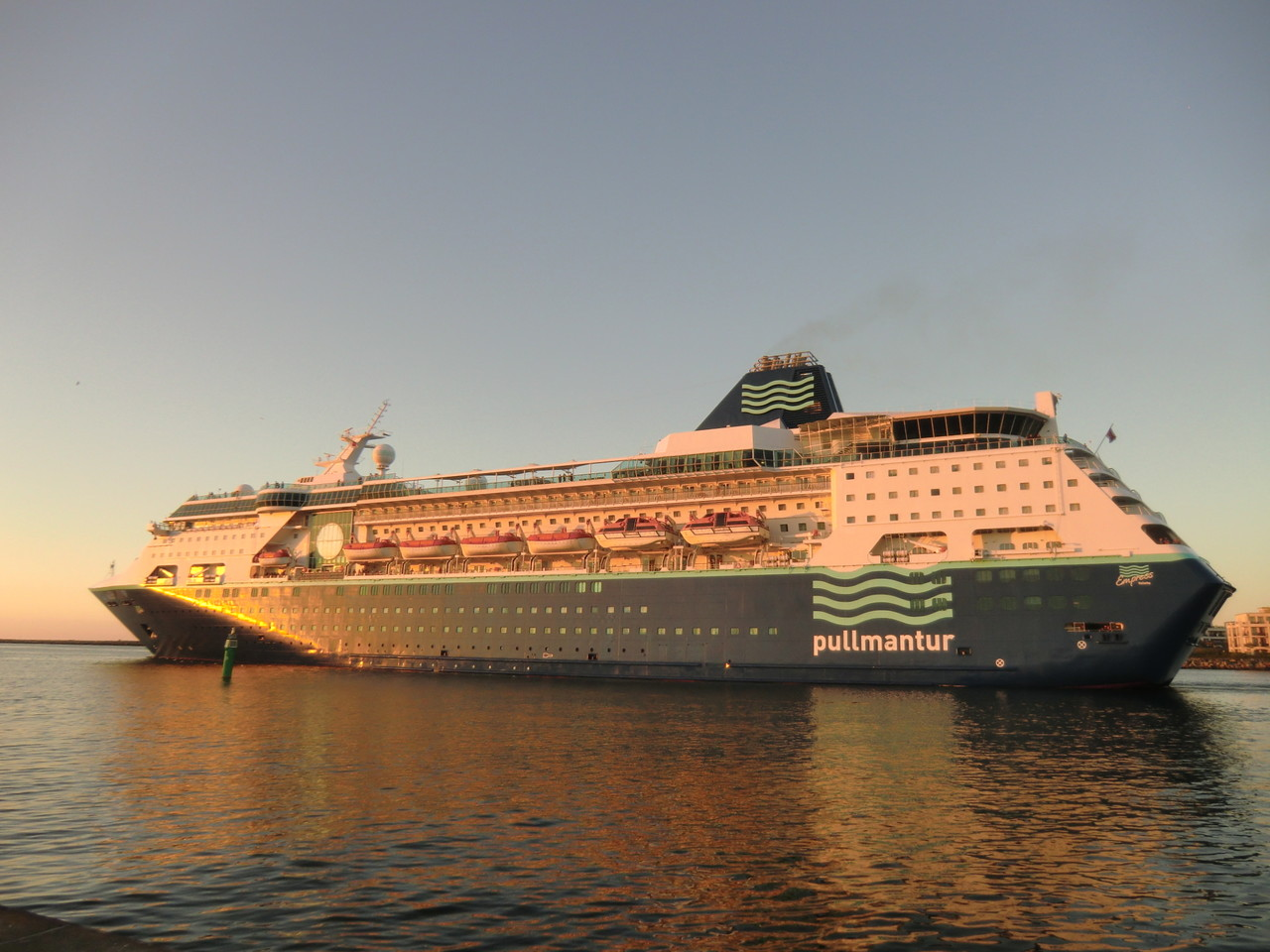 Pullmantur in der Abendsonne