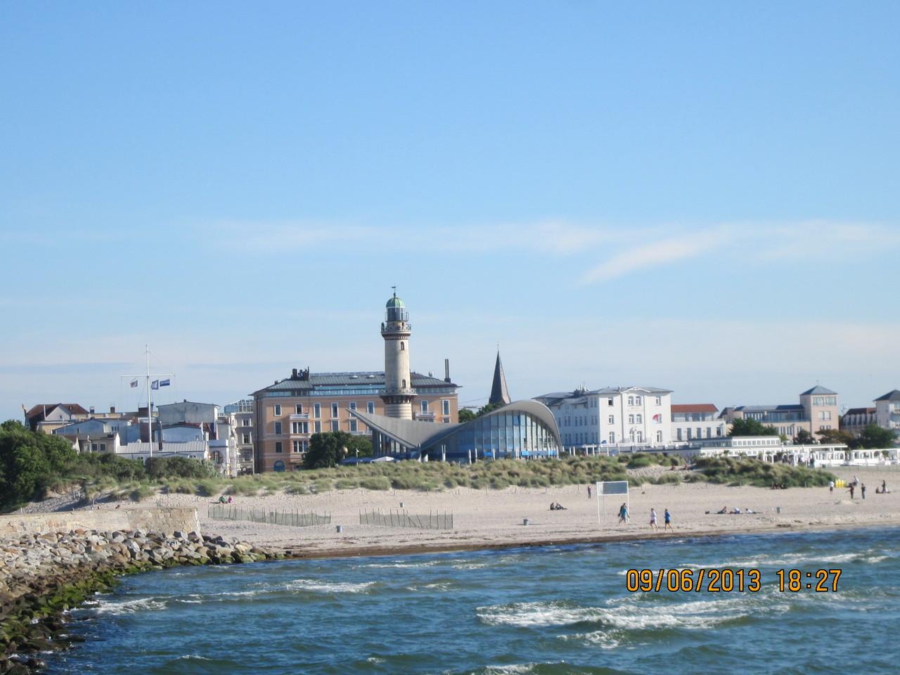 Blick zum Strand und Teepott