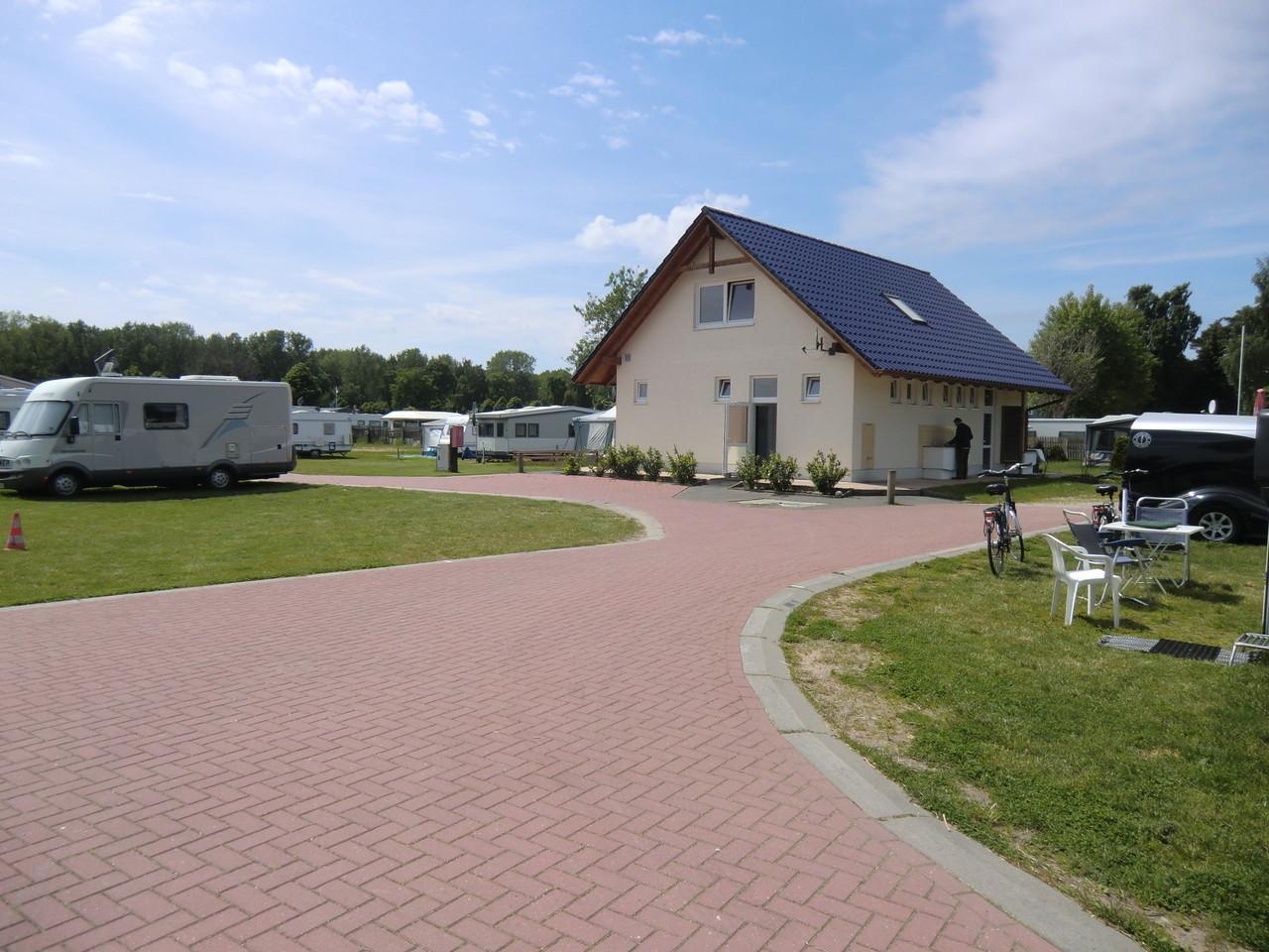 http://ostsee-wohnmobilstellplatz.de/