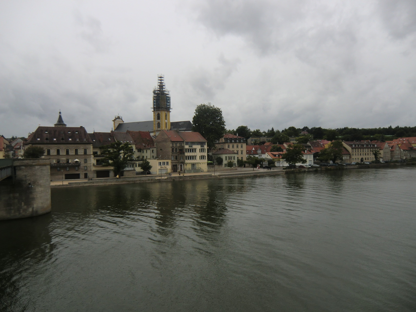 Blick von der Mainbrücke