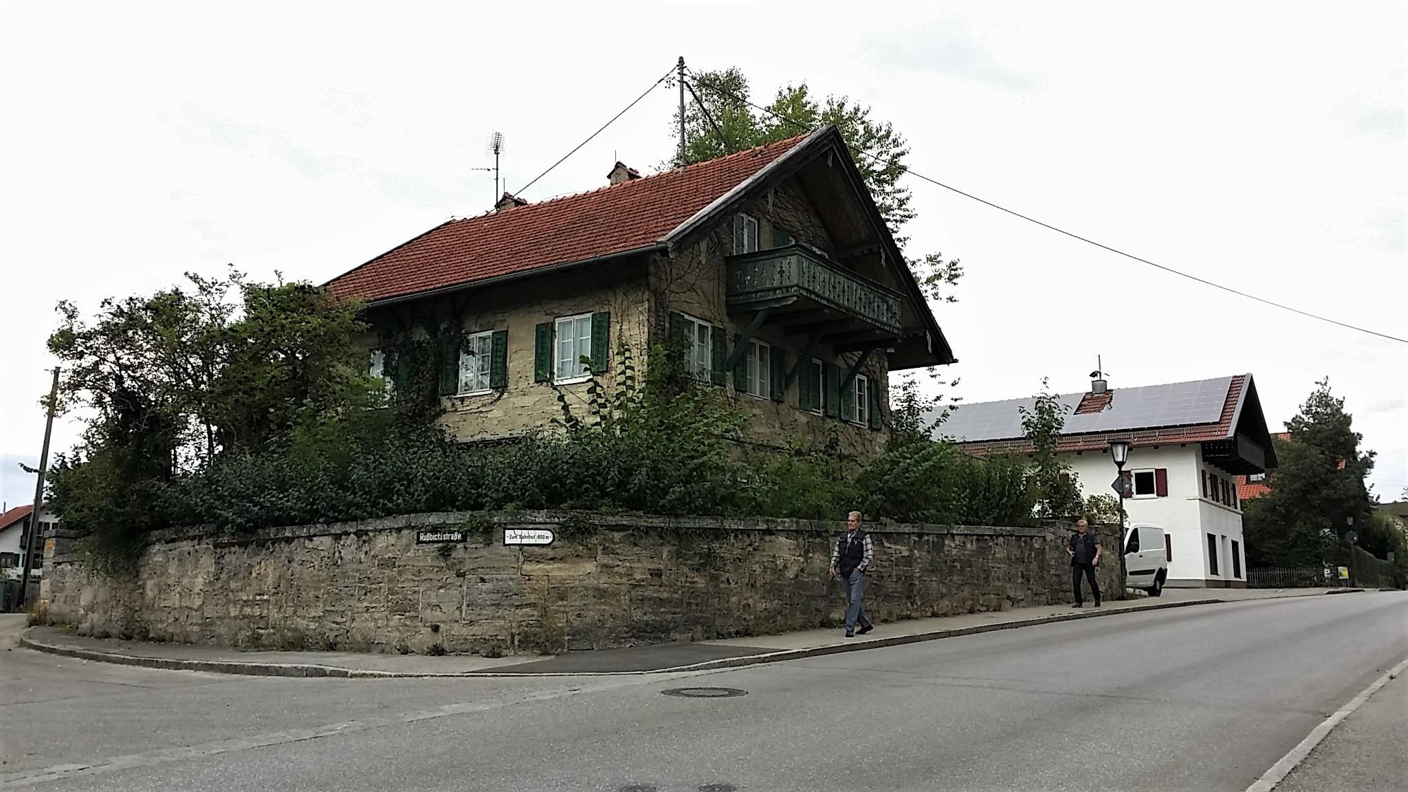 Unsere Männer interessierten sich für dieses Haus in Uffing