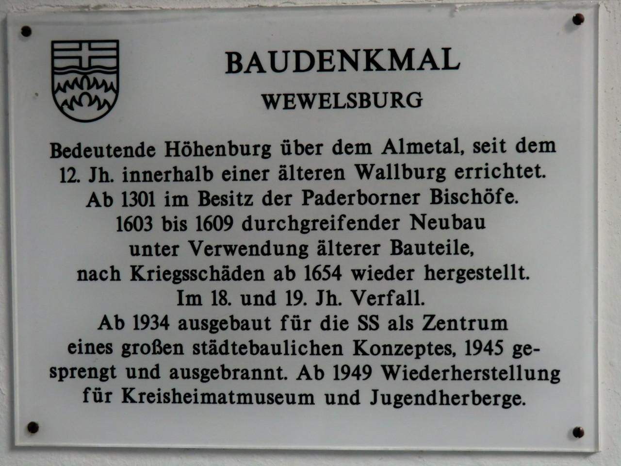 http://de.wikipedia.org/wiki/Wewelsburg