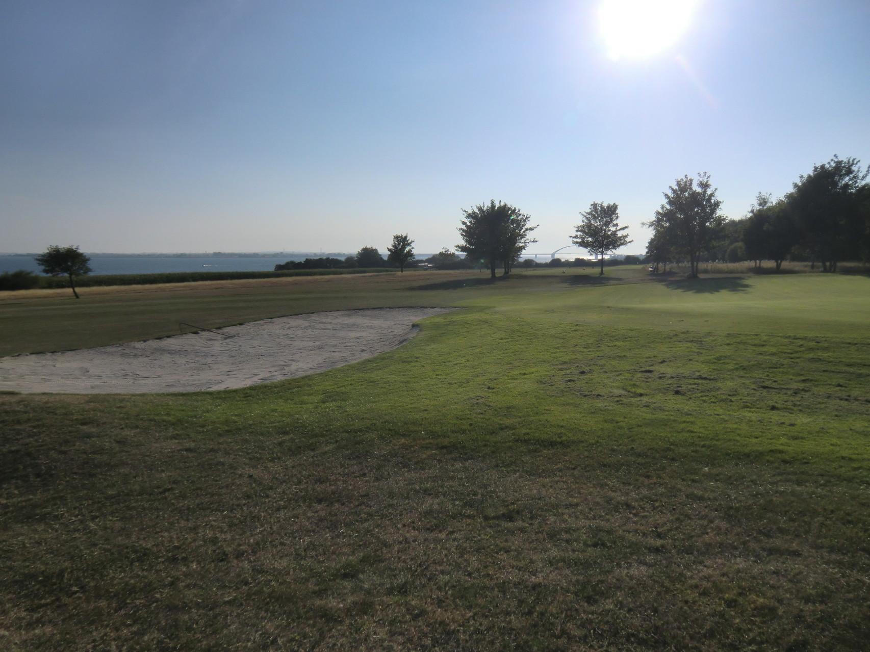 Golfplatz neben dem CP