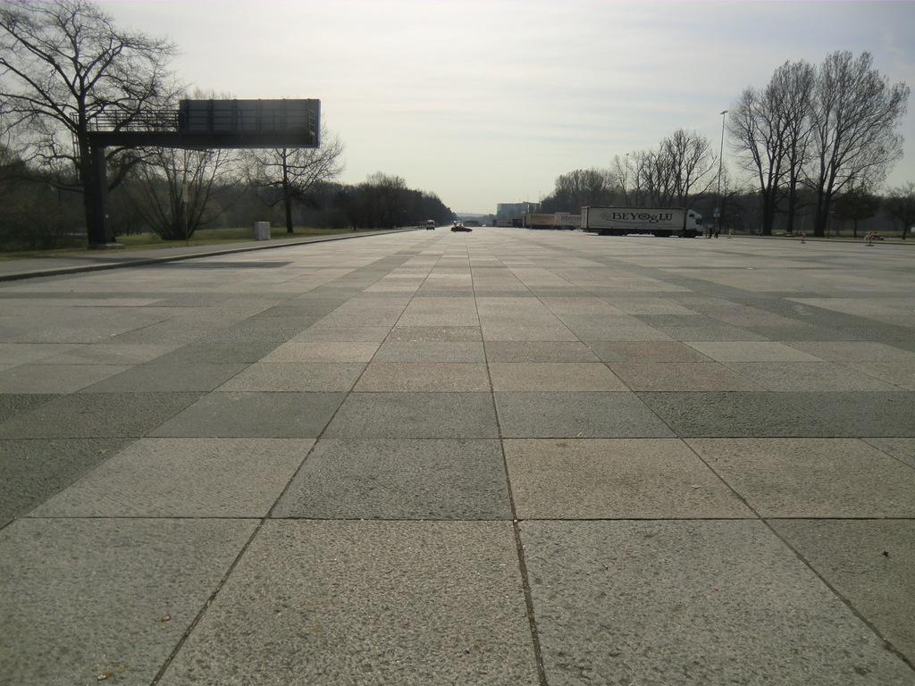 und die große Straße