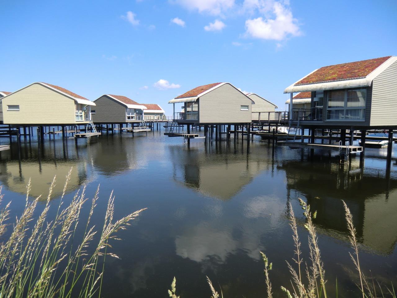 Ferienhäuser im Wasser