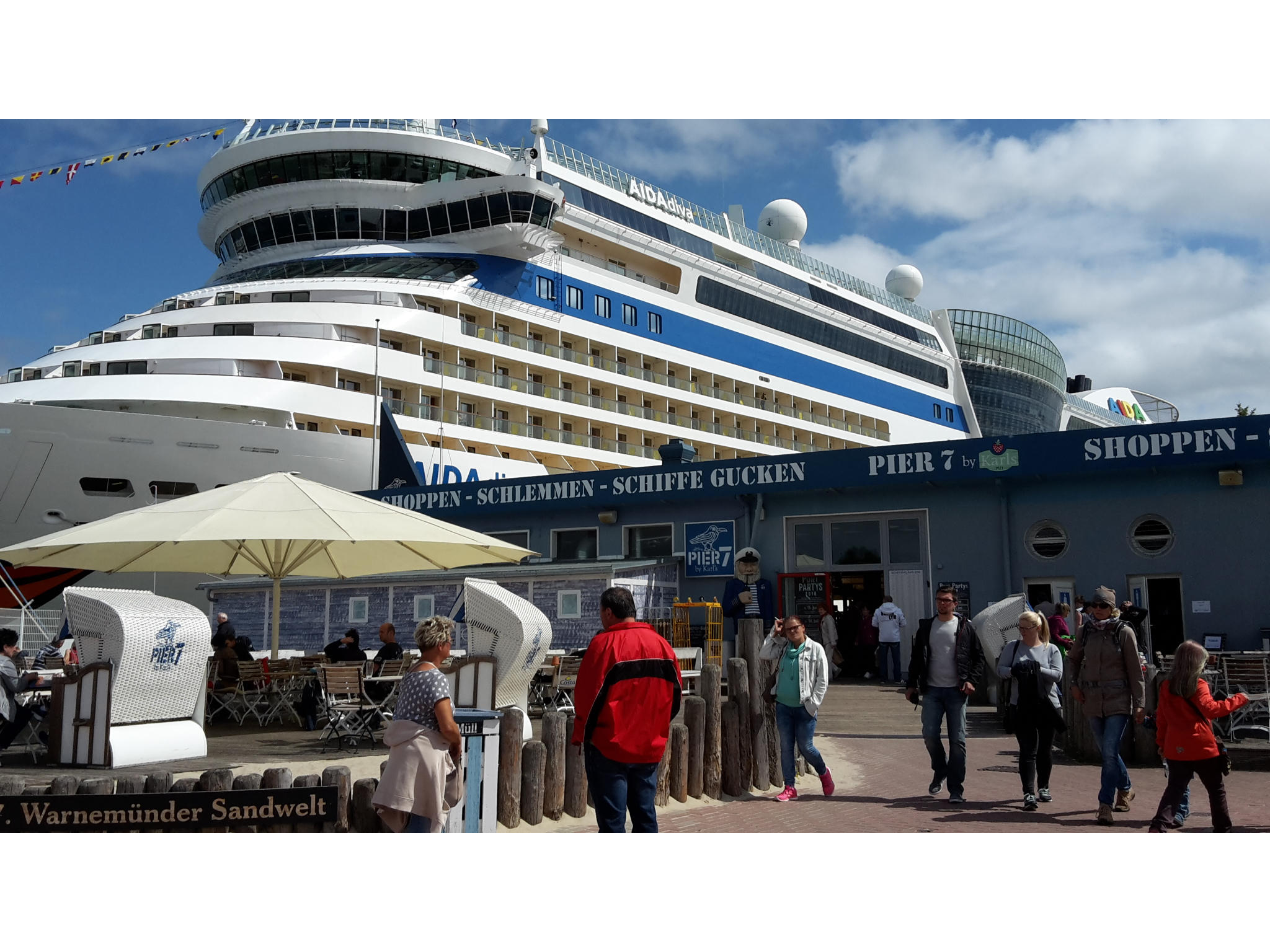 Aida vor Pier 7