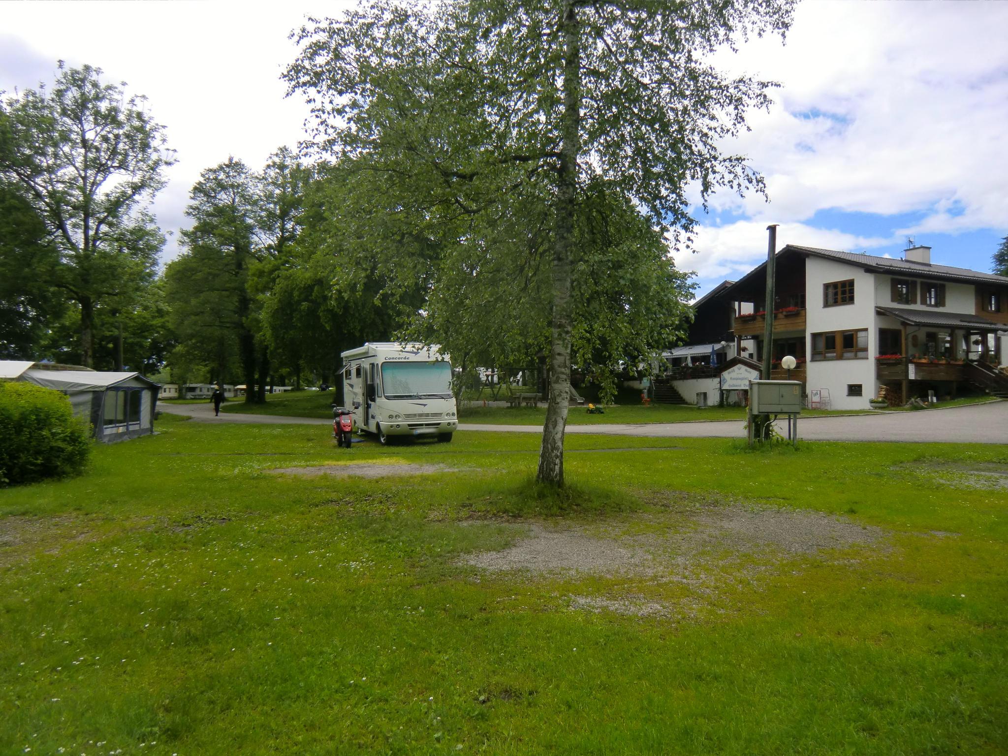 Stellplatz und Gaststätte