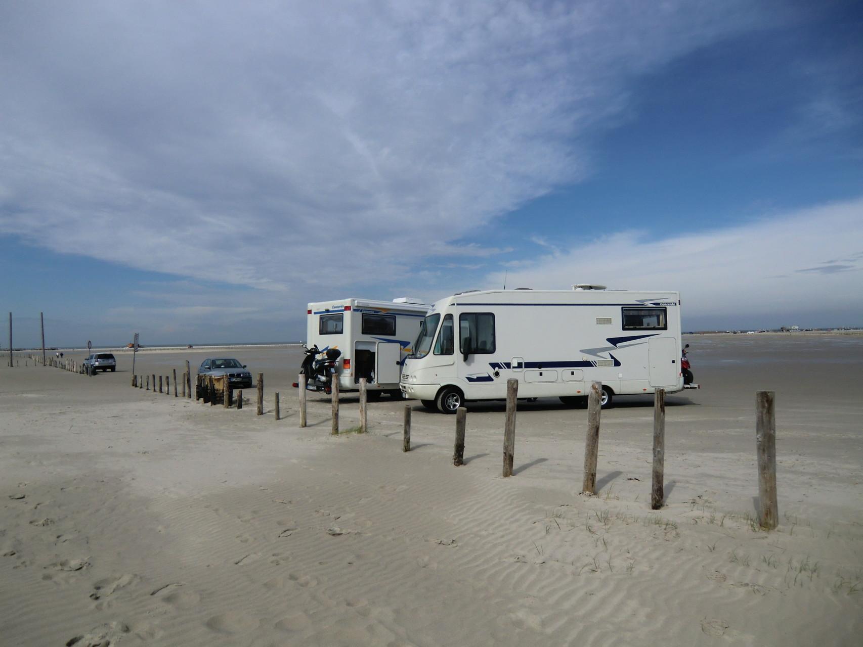 am Morgen stellten wir unsere Mobile  auf den Strand
