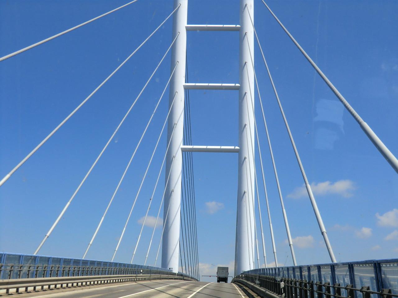 Über die Rügenbrücke