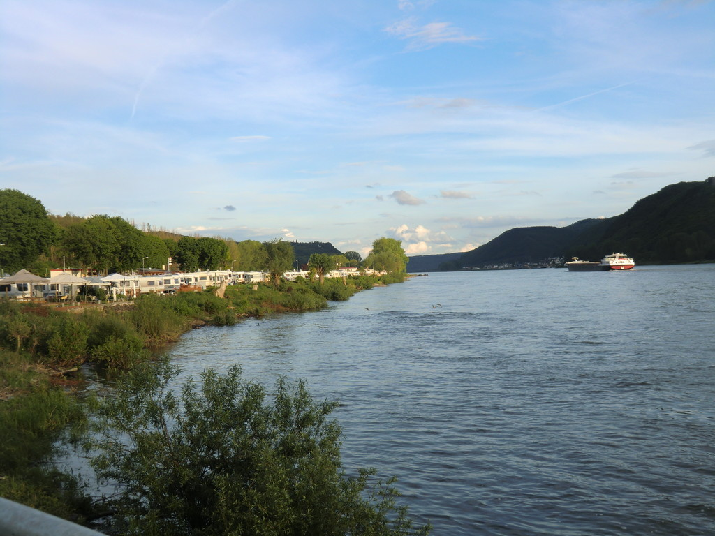 Wellnesscamping direkt am Rhein