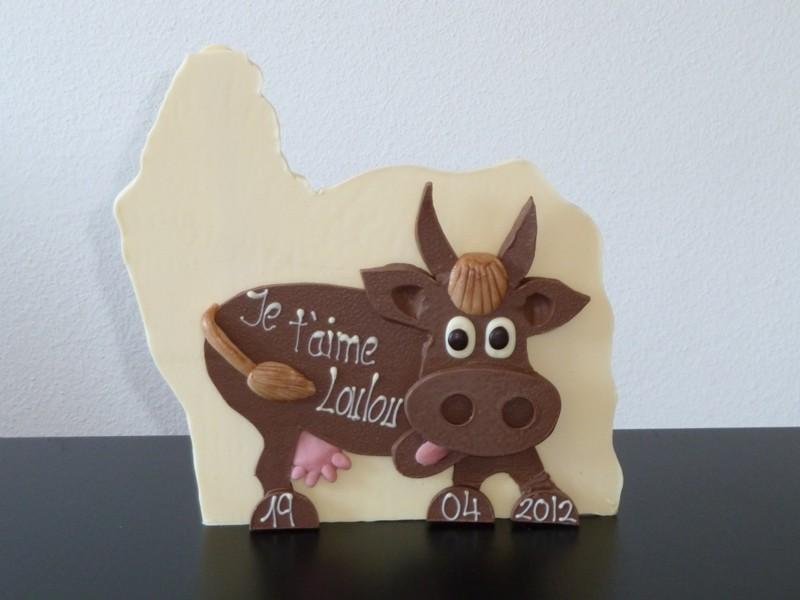 Vache en chocolat massif