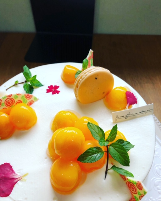 宮崎マンゴーケーキ
