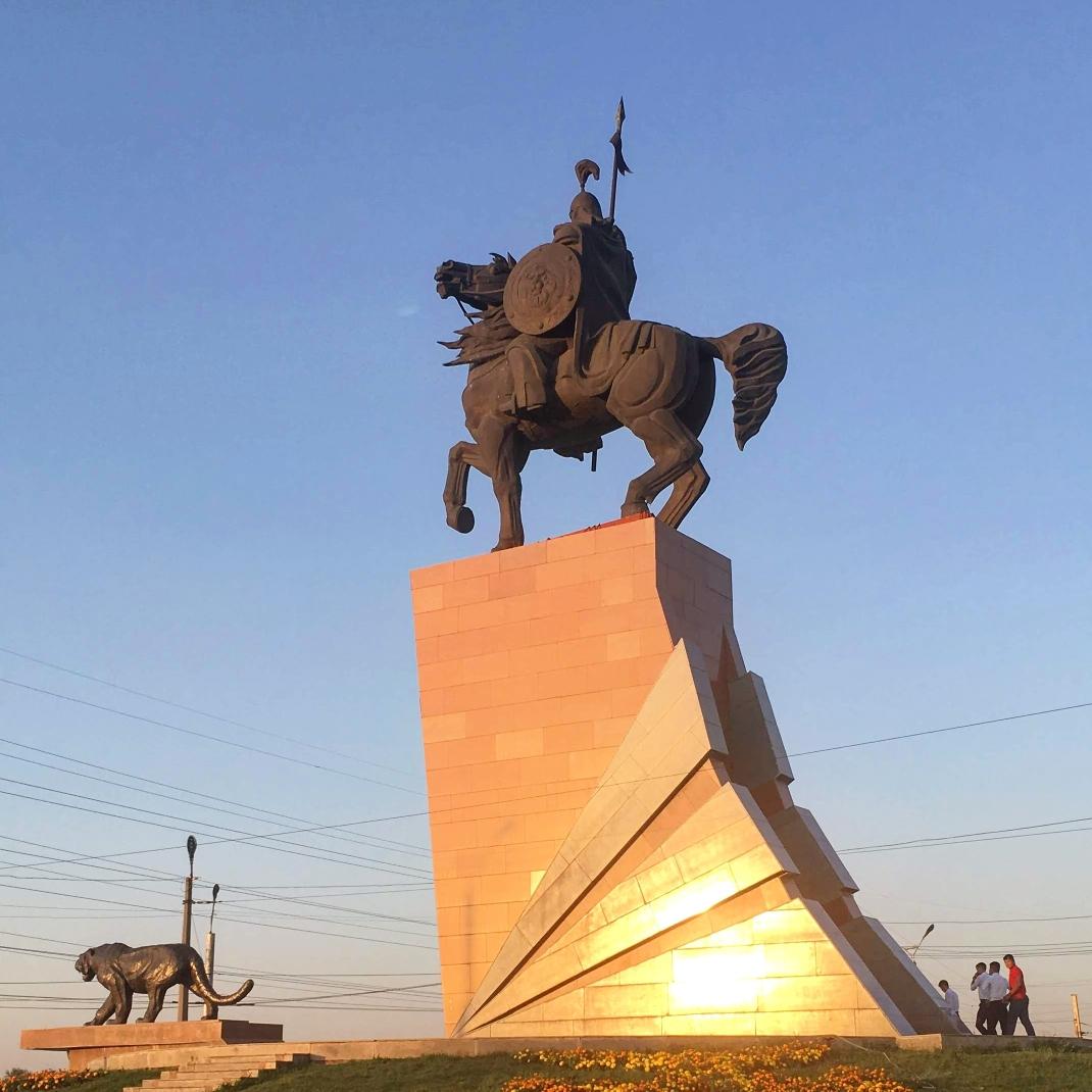 monument to Kyrgyz national hero Manas in Osh-city