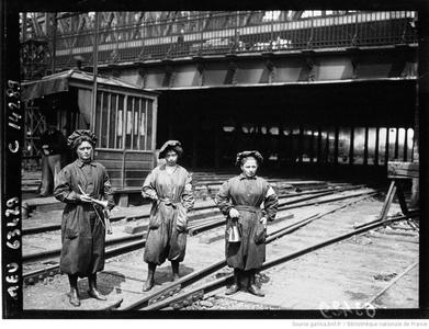 Employées des chemins de fer (bnf Gallica)