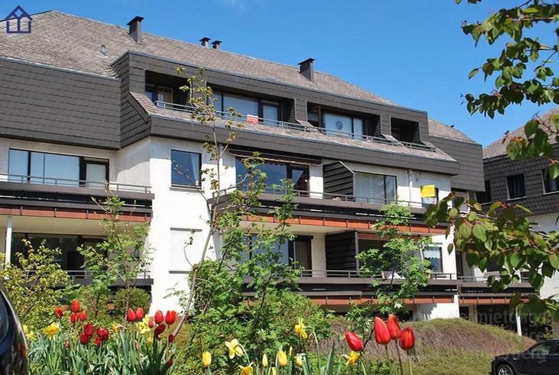 Haus im Sommer (Quelle: Vermietungsservice Winterberg)