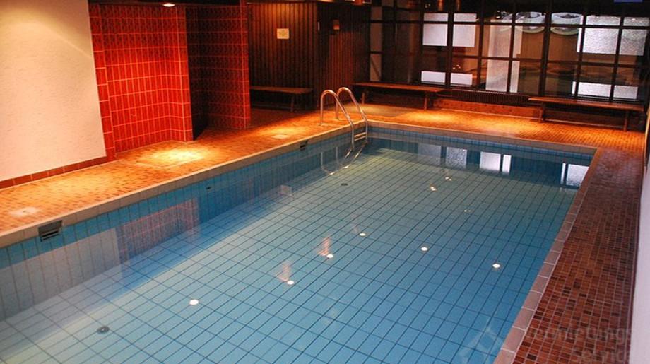 Schwimmbad (Quelle: Vermietungsservice Winterberg)