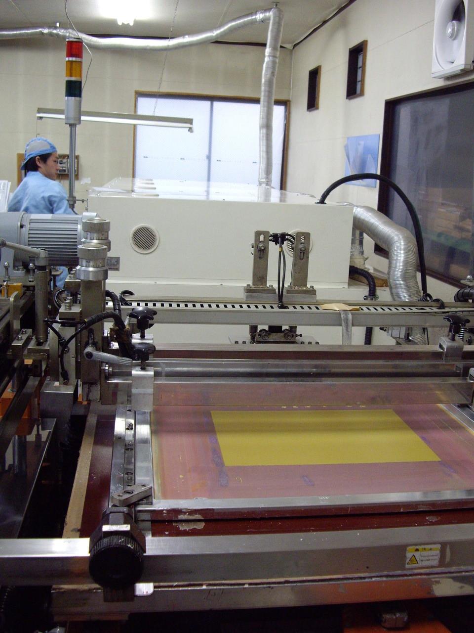 テーブルスライド式シルク印刷ライン