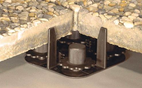 Plattenlager Stelzlager bautek Terrassenlager Terrasse verlegen Flachdach höhenverstellbar verstellbar stufenlos Betonplatten Platten