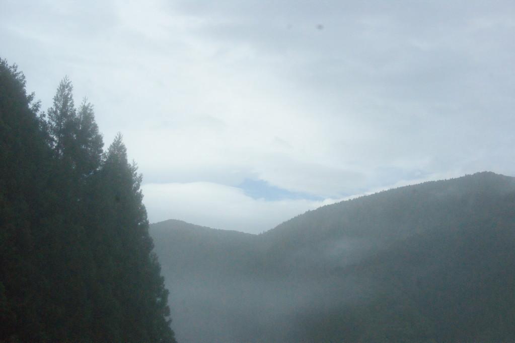 民宿より見る山並み風景 -6