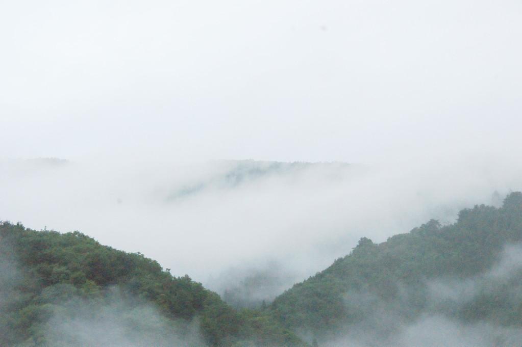 民宿より見る山並み風景 -11