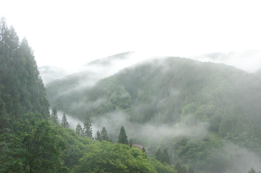 民宿より見る山並み風景 -7