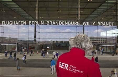 """Аэропорт """"Браденбург"""" — главная причина закатывания глаз среднестатистического немца"""