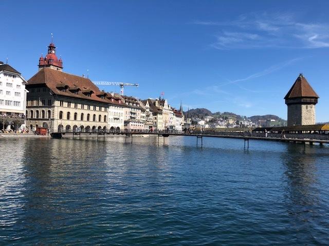 Rathaus mit Kapellbrücke