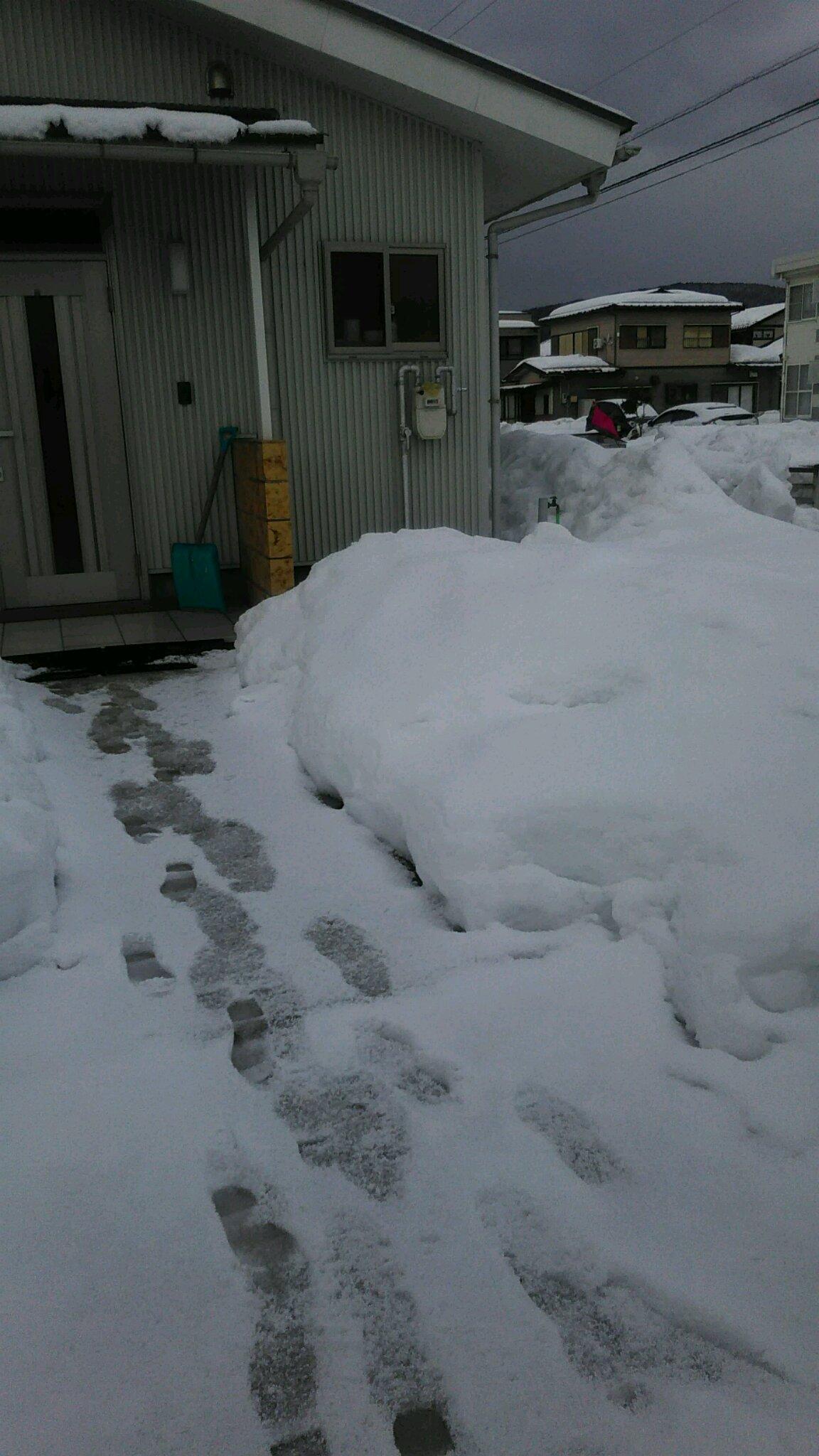 毎日ヘルパーさんが雪かきをしてくれます