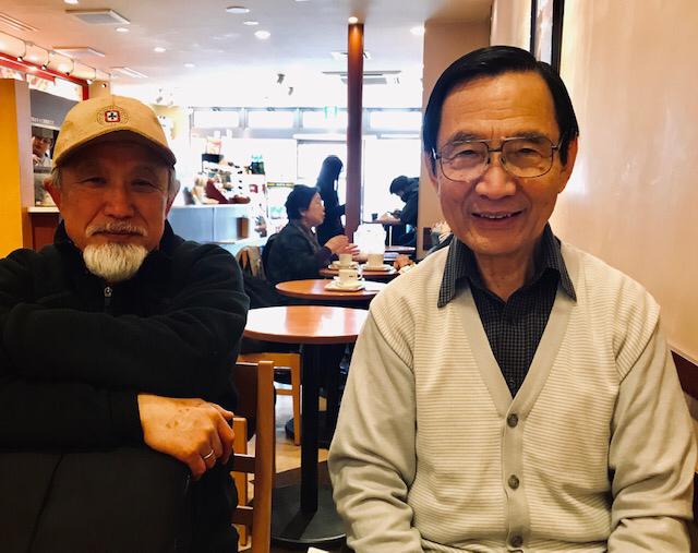☆ドトールで約2時間のミーティング。右側岡崎宏さん。左側真貝高三さん、ひげがご立派。