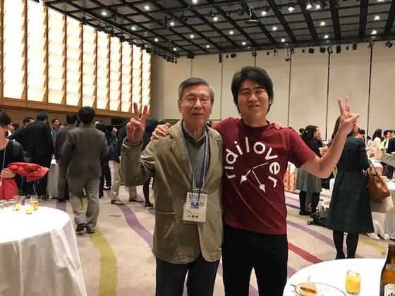 ☆FORUM2017にはRidiloverさんにご招待いただきました。安部敏樹社長さんとのツーショット。2017年11月21日の少し古いお話です。