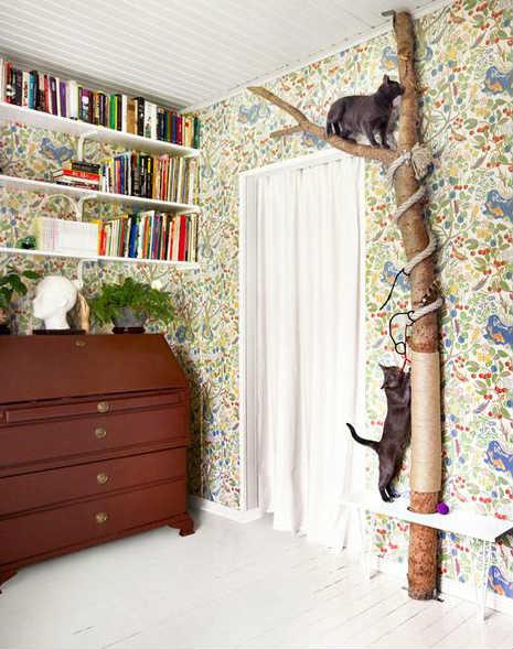 дерево для кошек с когтеточкой
