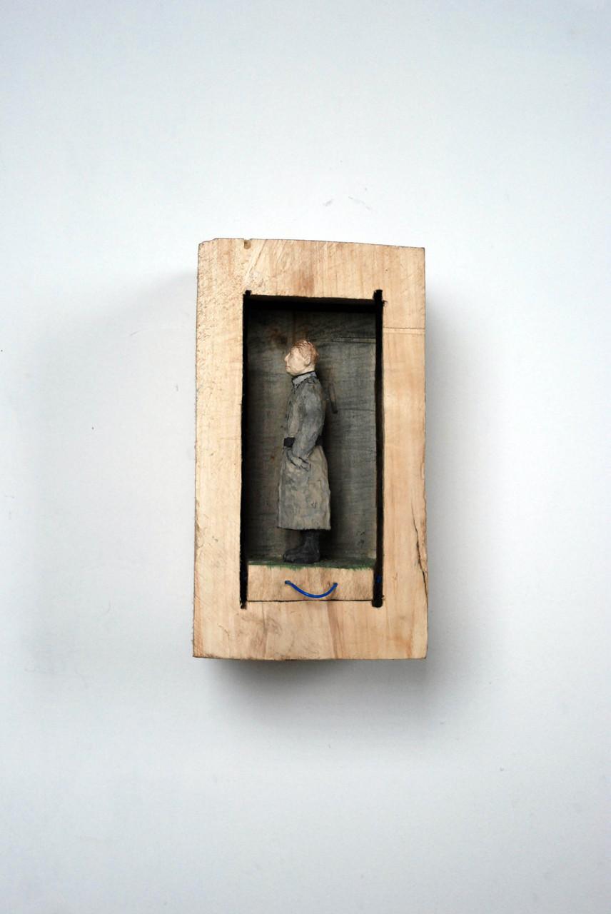 Kiste 32  I  Pappelholz, Farbe, Schnur  I  2014