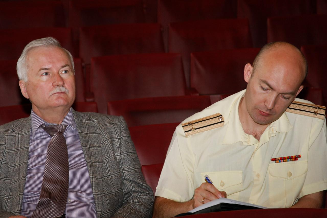 М.С. Монаков и капитан 2 ранга В.Г. Кикнадзе