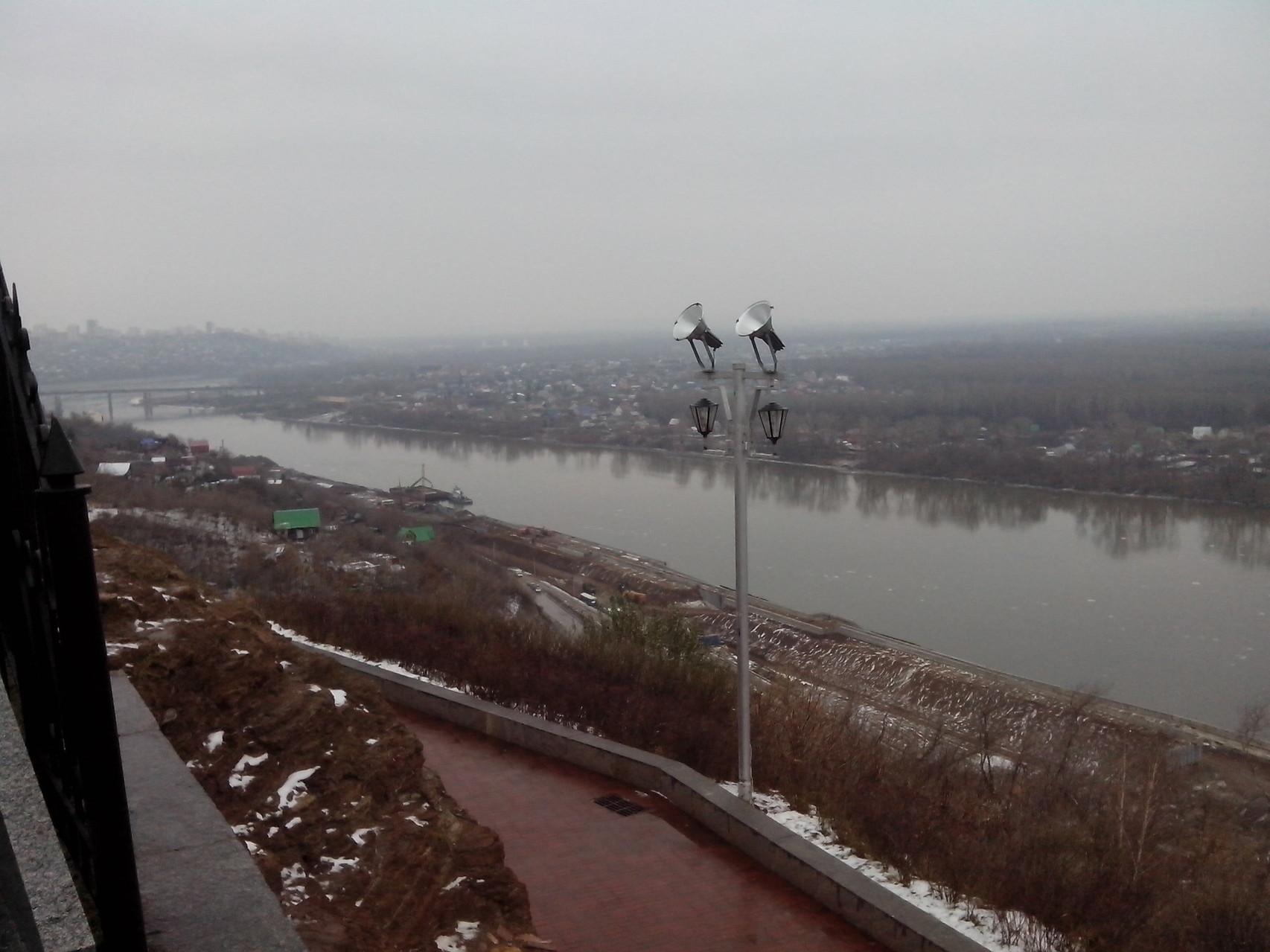 Вид на Уфу с подножия памятнику Салавату Юлаеву
