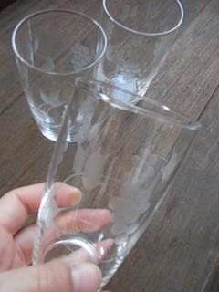 グラスの大きさはだいたいこのくらいです。
