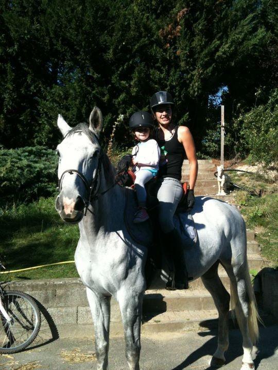 A cheval avec maman