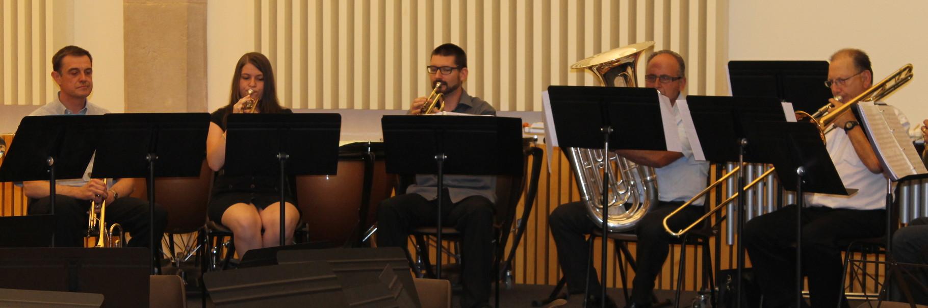 Répétition de l'ensemble de cuivres pour le concert à la salle des fêtes de Belley