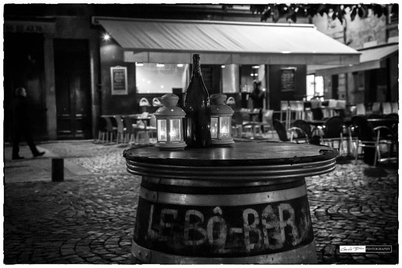 Bordeaux miroir d'eau, streetphoto, spectacle en n&b dans la nuit