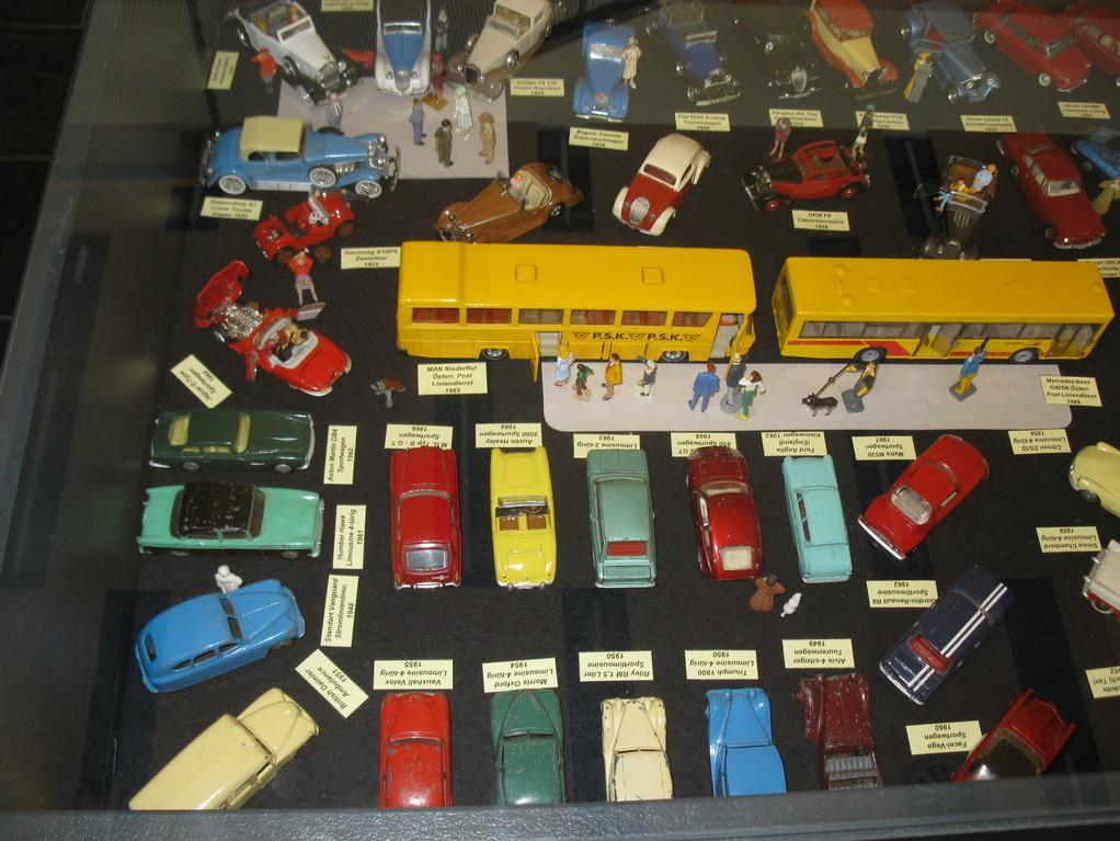 Modell Autos Ausstellung von Martin Winterle