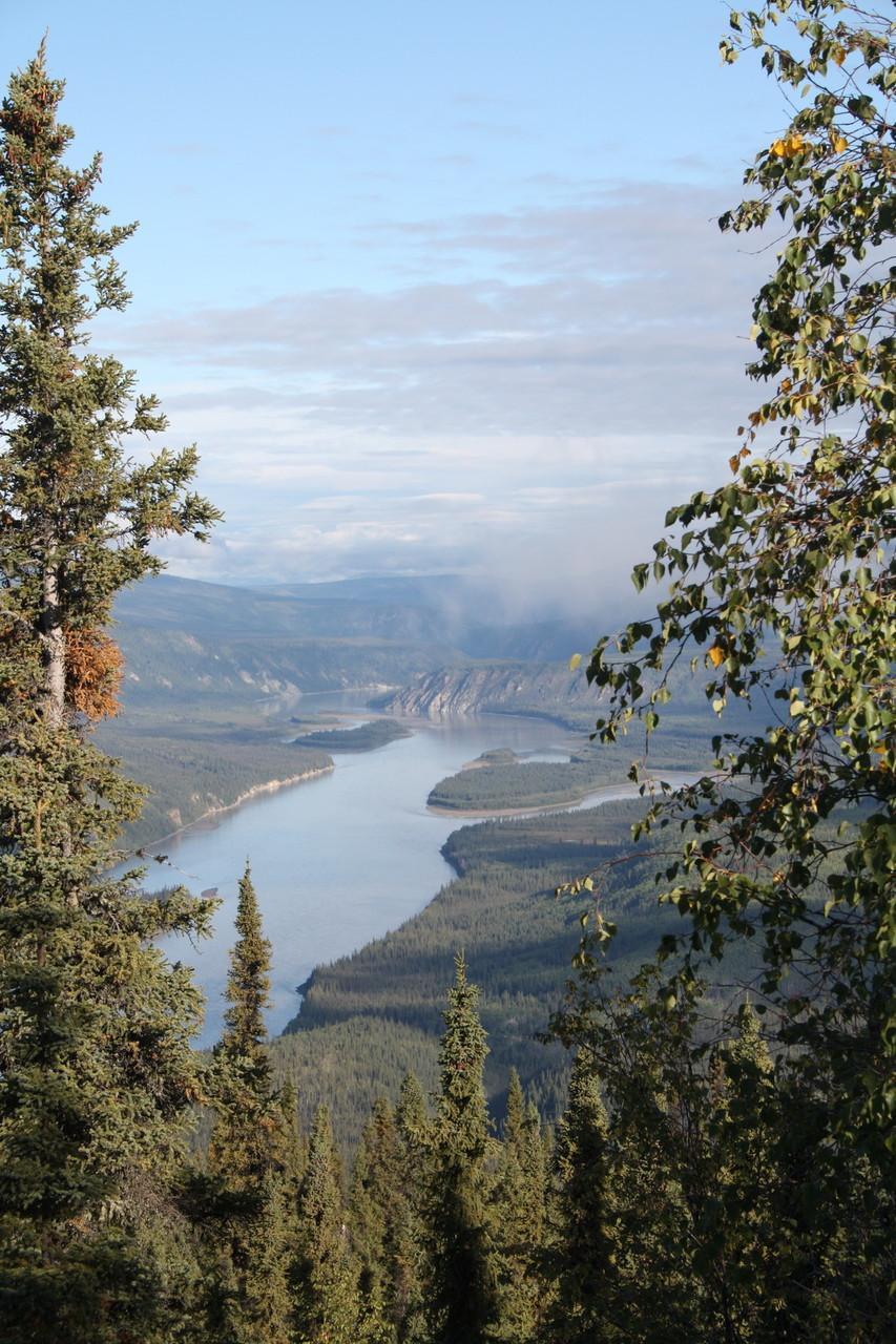 Der Yukon vom Hausberg aus.