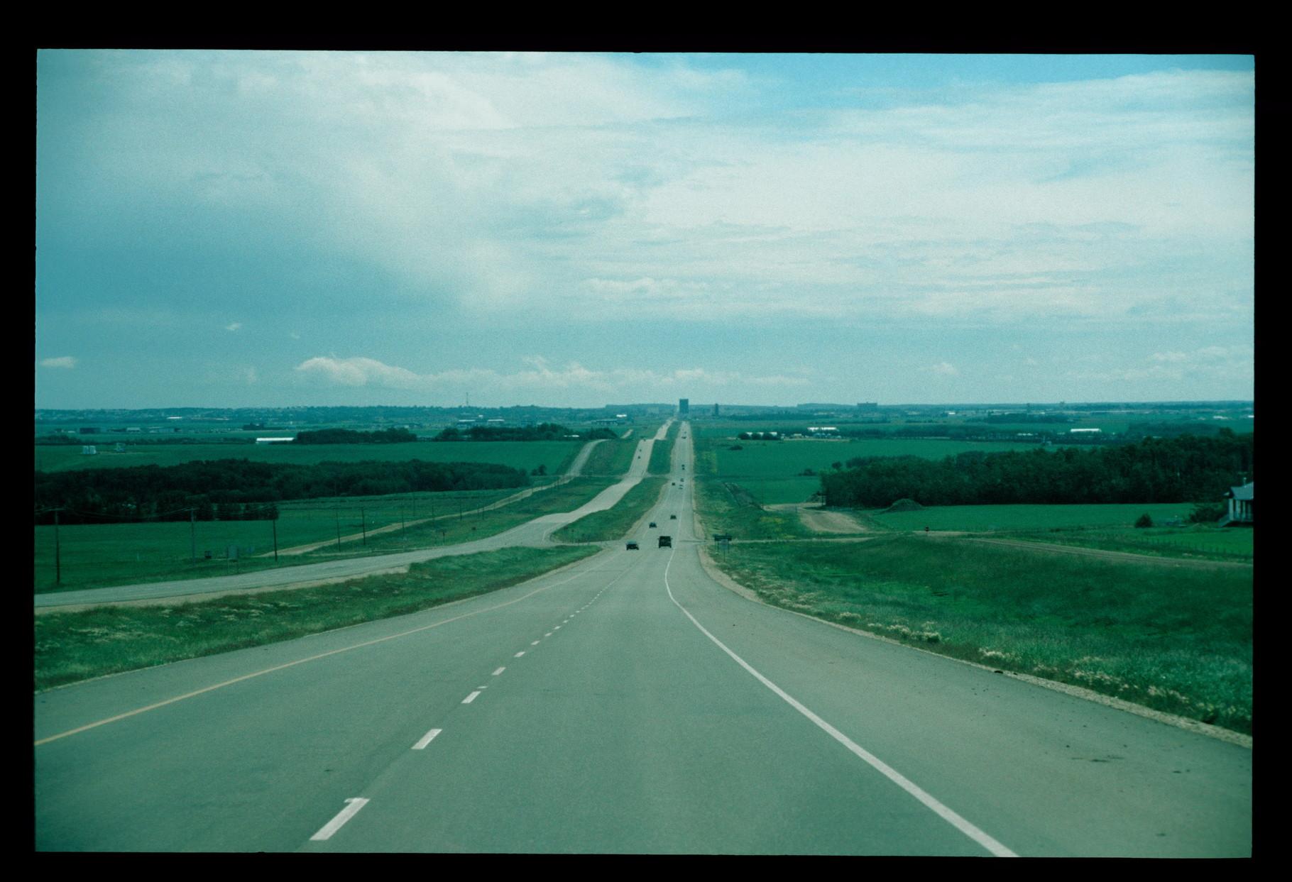 """Auf der """"43"""" Richtung Edmonton"""