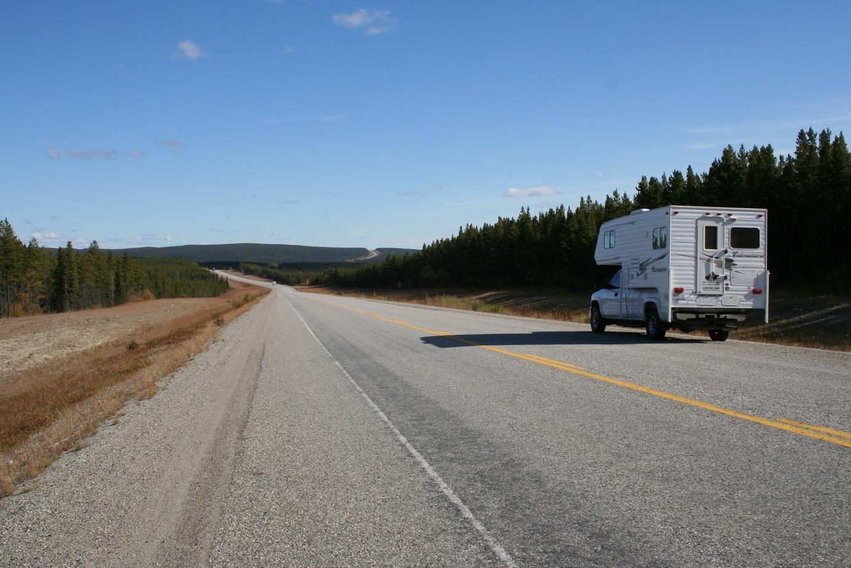 Auf dem Highway Nr. 2 nach Whitehorse