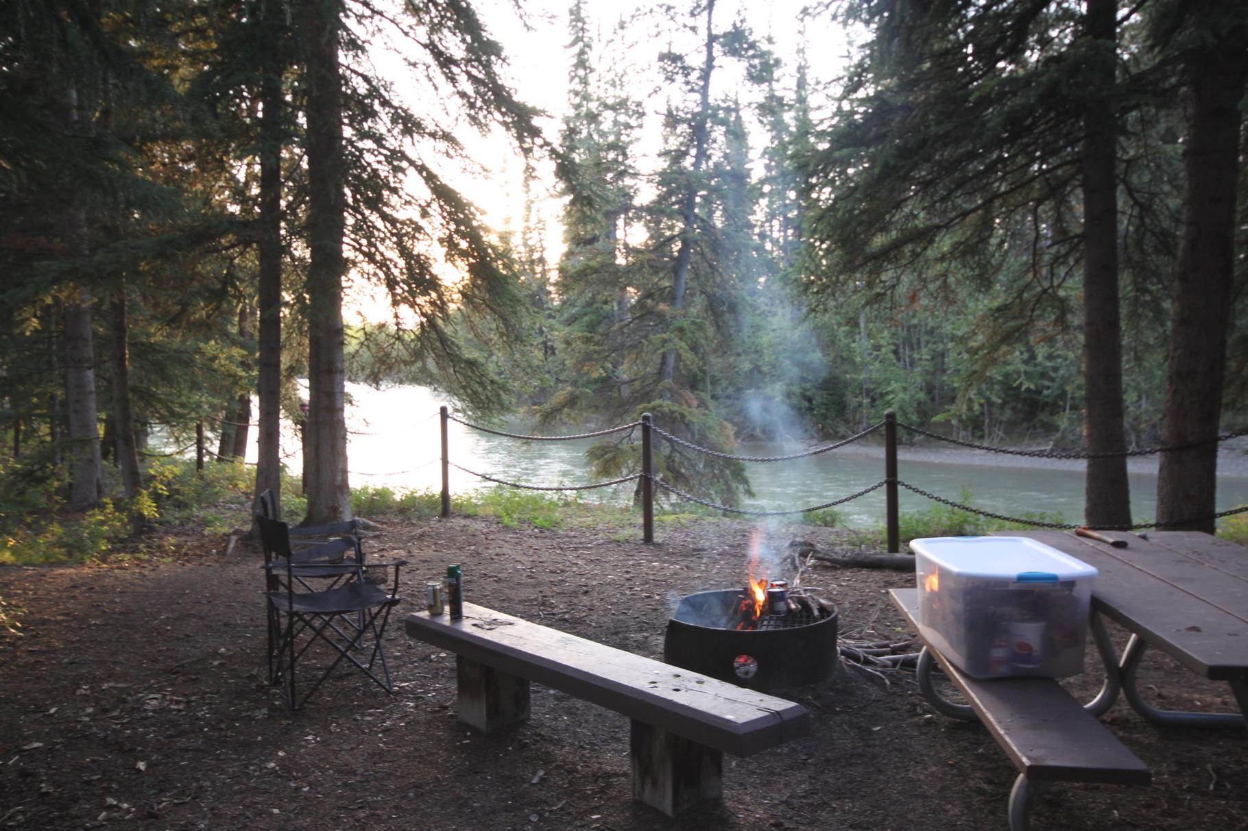 Campground irgendwo unterwegs nach Tok Junction.