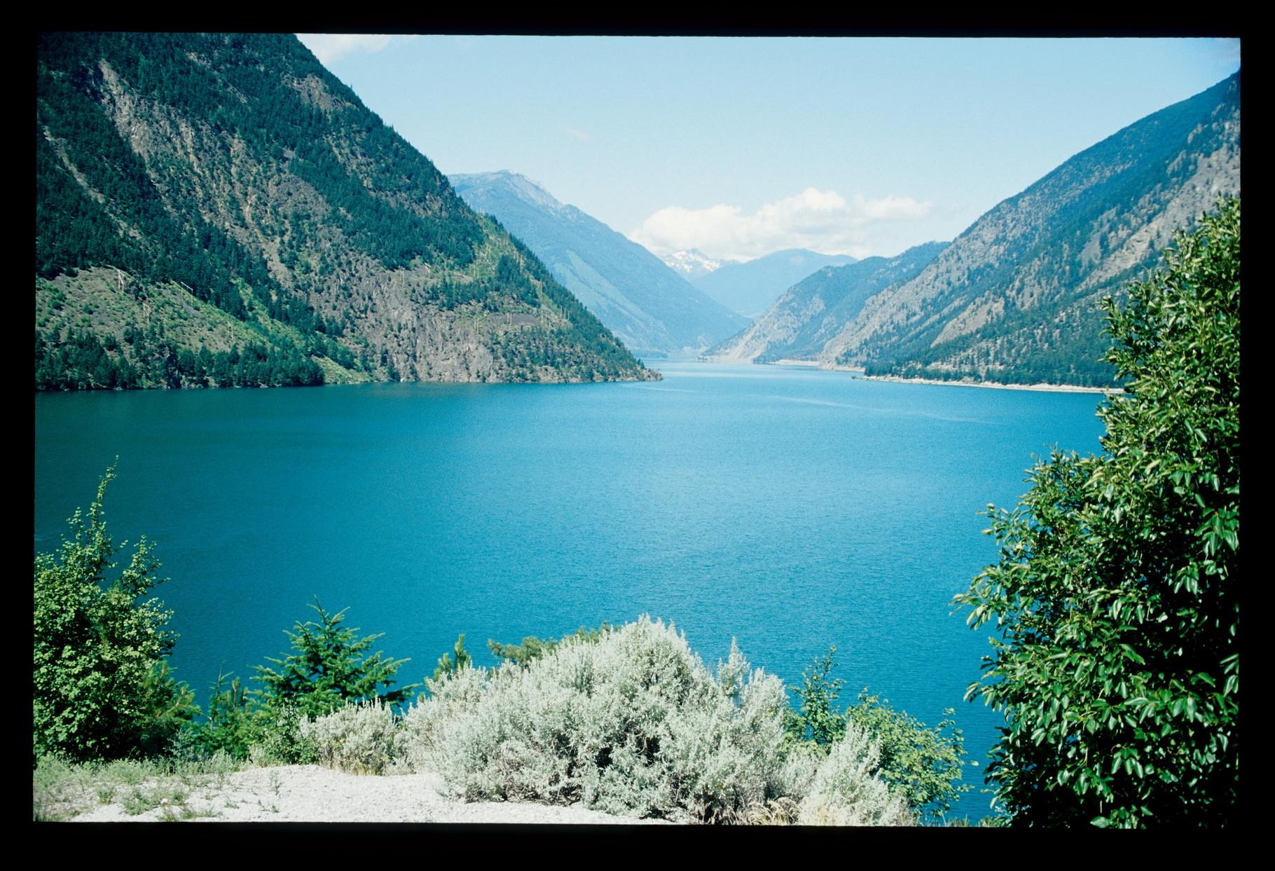"""Der Serton Lake bei Lillooet auf der """"99"""""""
