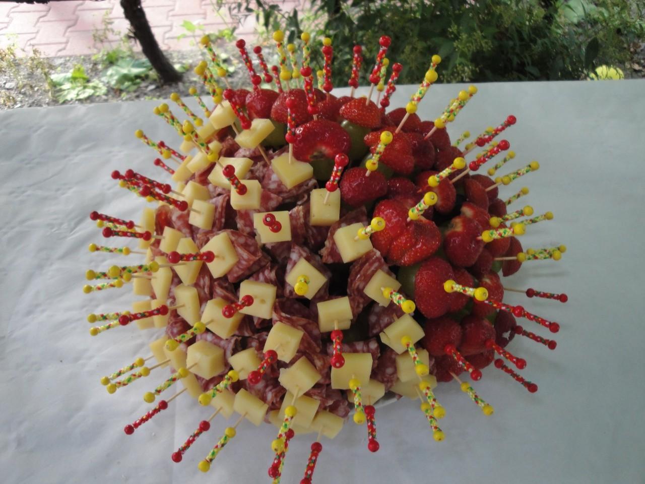 Früchte - / Fleischspiess