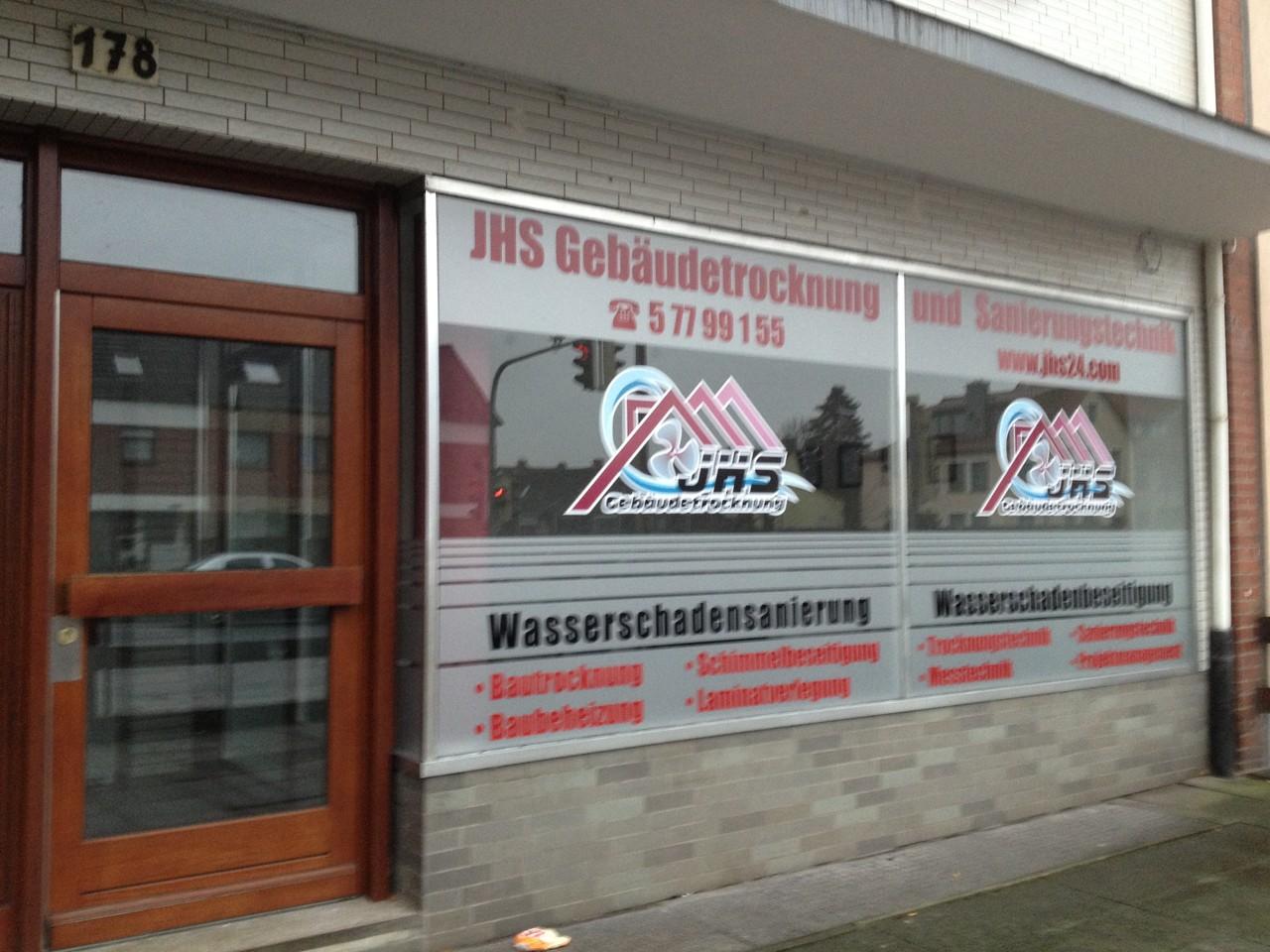 Wasserschadensanierung durch JHS Gebäudetrocknung und Sanierungstechnik
