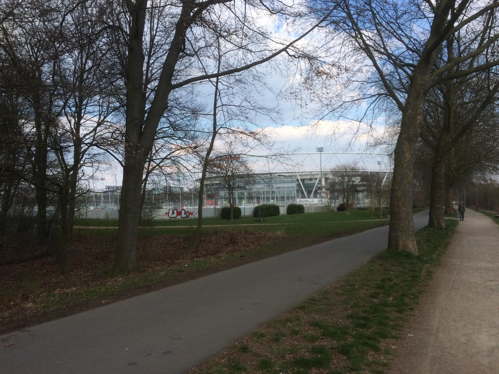 Permanenter Wanderweg in Leverkusen/Ostersonntag 05.04.2015  (Fotograf: K.Kra.)