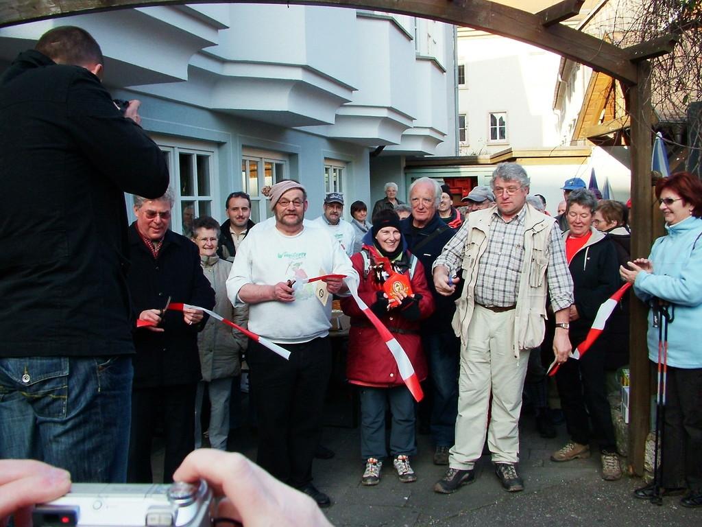 Fotograf: Walter Maaß (Nun ist unser PW Eröffnet...)
