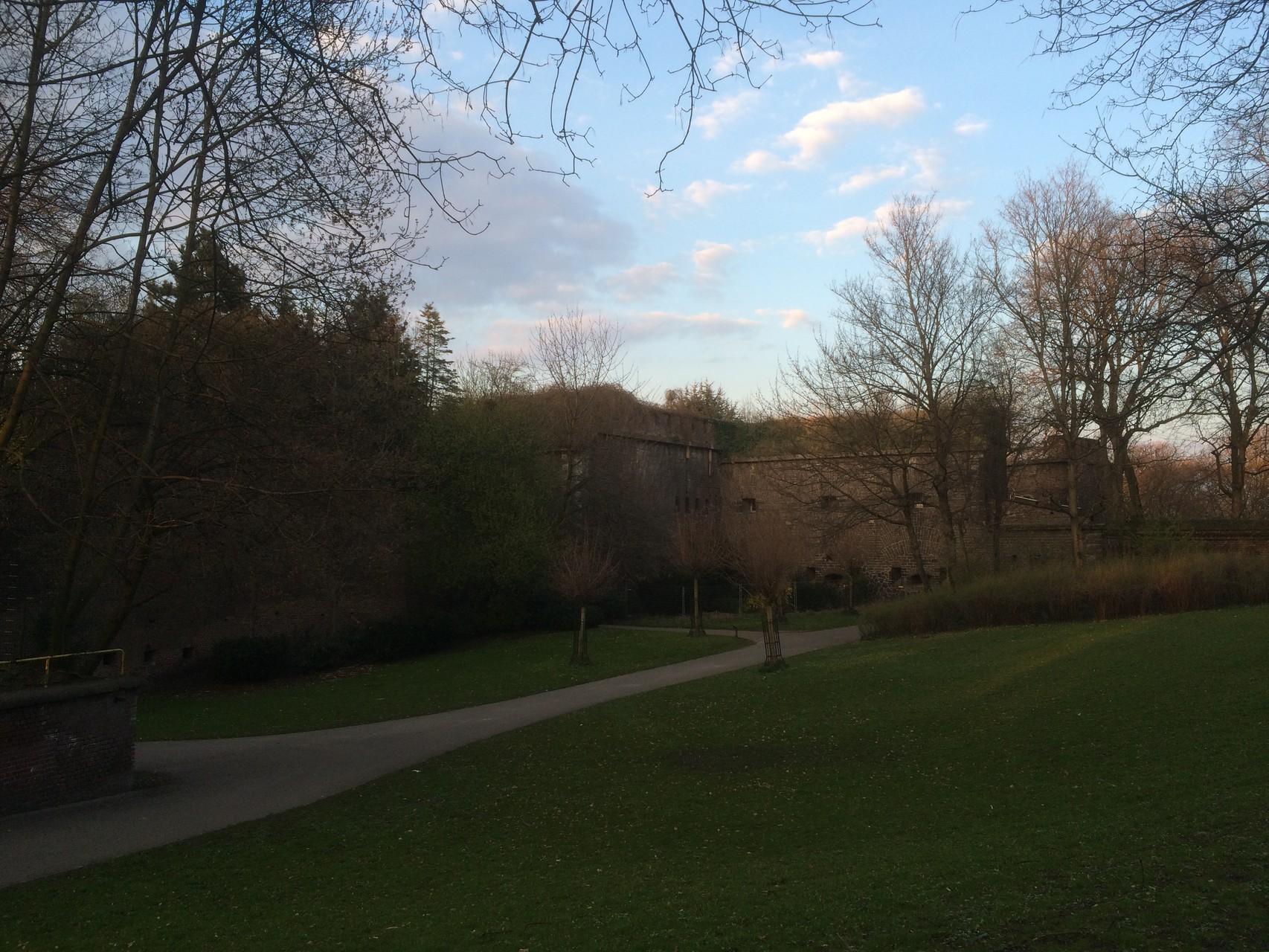 Permanenter Wanderweg durch Köln/Ostersonntag 05.04.2015  (Fotograf: K.Kra.)