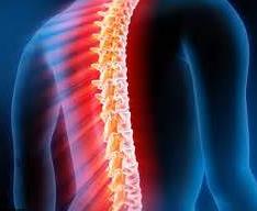 頻回の咳やくしゃみは背骨の関節に負担がかかります。